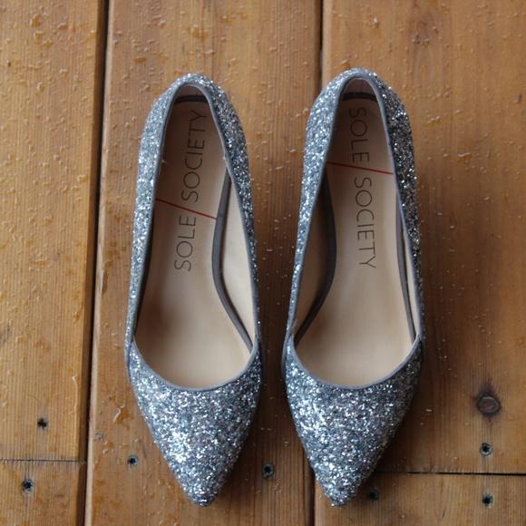 b5134c9499 Sole Society Shoes | Solesociety Desi Glitter Kitten Heel Pump ...